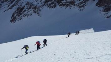 ski-mountaineering-1375016__340