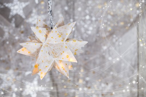christmas-2942305__340.jpg